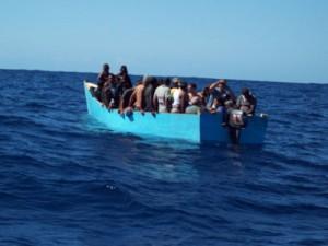 Rescatan 5 hombres que intentaron viajar ilegalmente a Puerto Rico