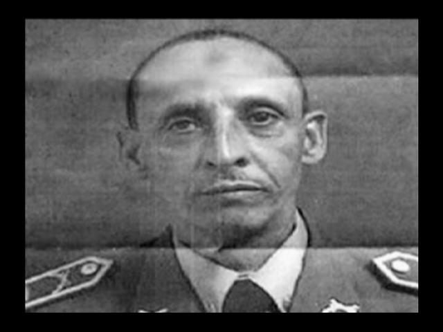Interrogan por varias horas coronel acusado de violar menor