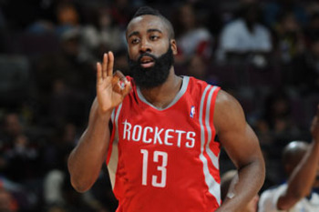 Harden anotó 31 puntos y dio el triunfo a los Rockets