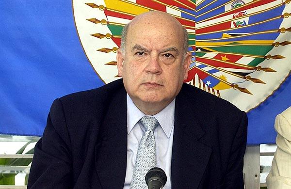 Insulza dice que no hay que ser pesimistas ante fallo del litigio Chile-Perú