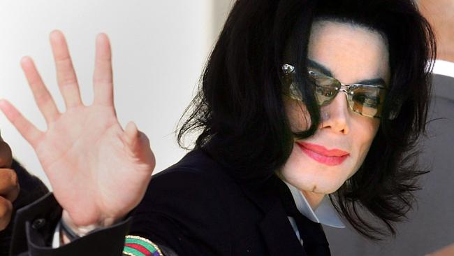 Previo a su muerte Michael Jackson bebía 6 botellas de vino al día