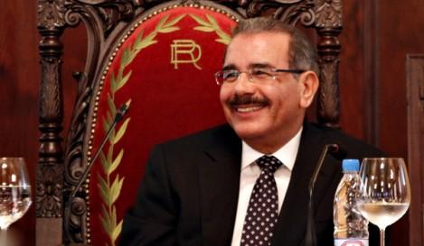 Presidente Medina llega Haití para asistir a Cumbre jefes de Estados
