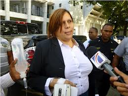 Posponen para el 18 juicio a fiscales acusados de soborno y extorsión