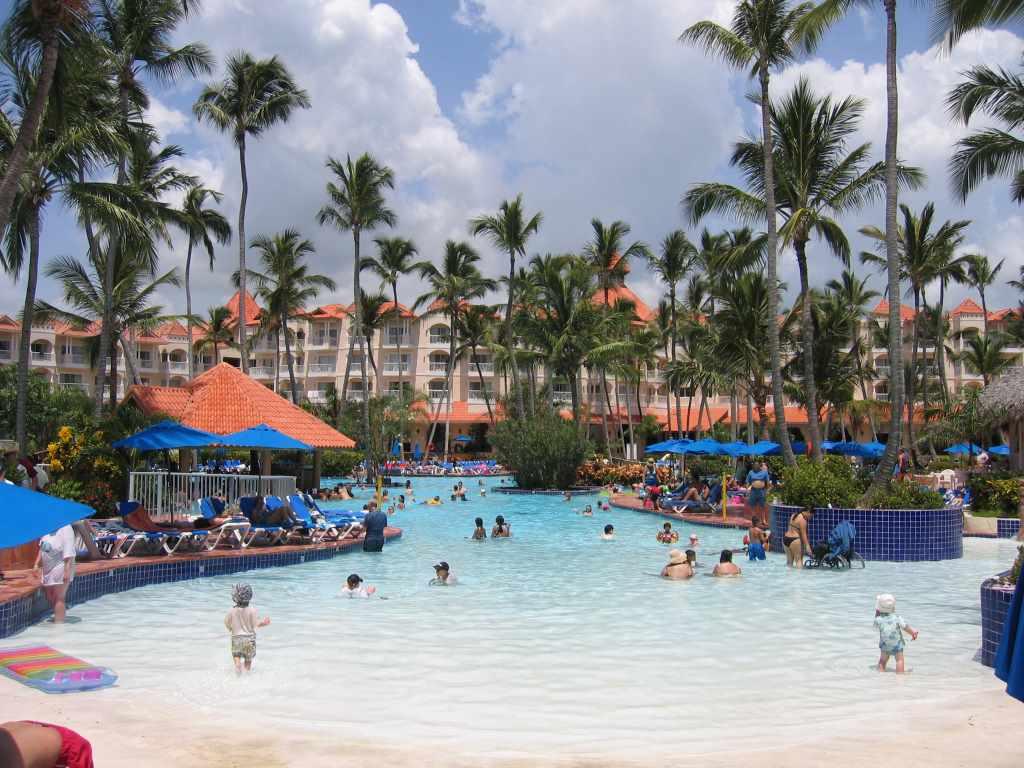 Llegada turistas a República Dominicana baja 0,64% en primer trimestre