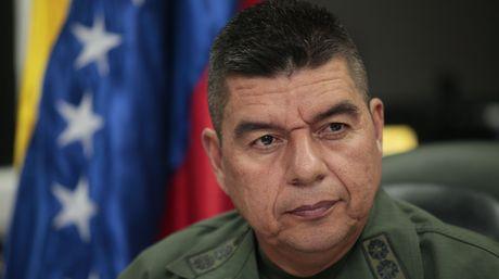 Masiva concurrencia en comicios venezolanos, según jefe militar