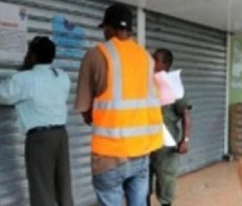 MIP clausura 27 centros de venta de alcohol por diversas violaciones