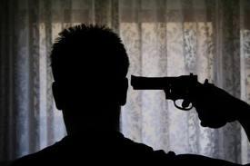 Hombre se suicida tras herir expareja y pensar que la mató