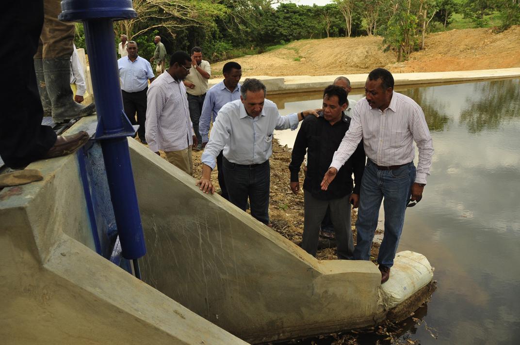 INDRHI construye Dique en La Mina de Miches