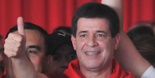Partido Colorado afianza victoria en Senado paraguayo con 35,5% votos