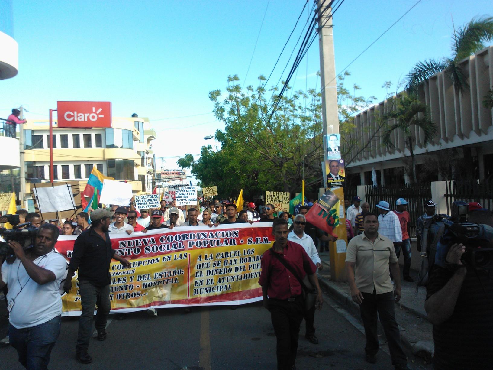 Marchan en SFM por obras y esclarecimiento de desfalco millonario