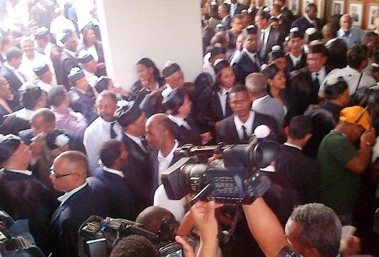 """""""Ruge el león"""", vociferan abogados en apoyo a expresidente"""