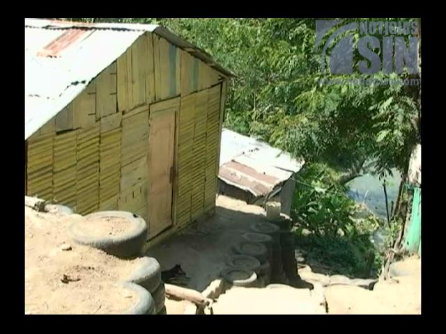 Cerca de 100 familias viven en extrema pobreza a la orilla del Yaque