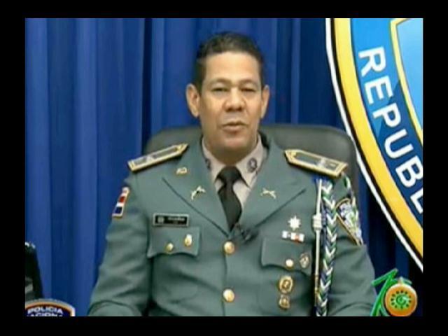 Detienen coronel PN acusado de violar a su hija menor