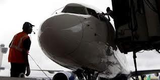 Avión militar brasileño se incendia al despegar en Haití sin causar víctimas