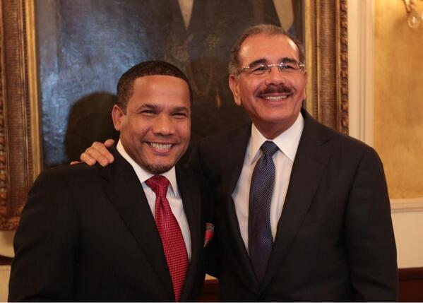 """""""El Torito"""" visita al presidente Danilo Medina"""