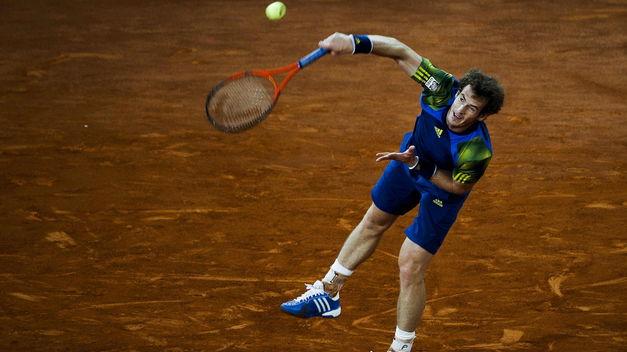 Berdych vence a Murray y avanza a semifinales