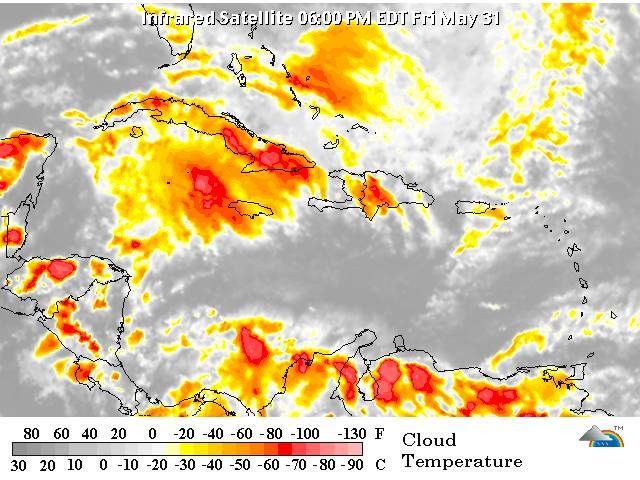 Intensa temporada ciclónica inicia con incidencias de vaguada sobre RD