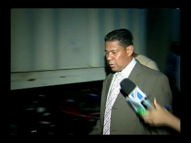 Aplazan conocimiento de coerción a coronel PN acusado de violar hija