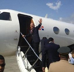 Presidente Medina sale hacia Ecuador