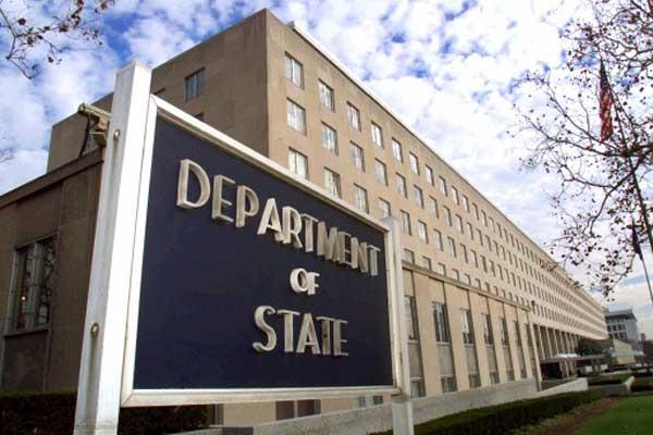 EE.UU. admite trabaja con el Gobierno de Maduro pero evita reconocerlo