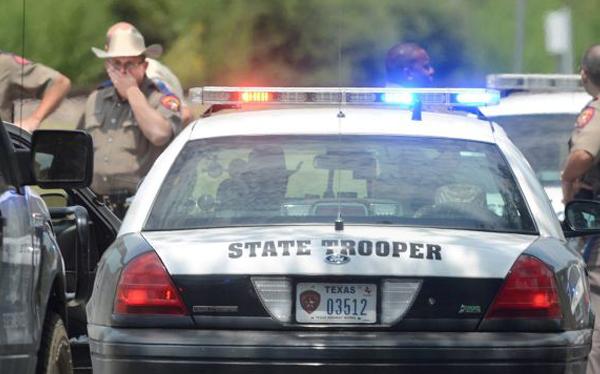 Dos muertos y cinco heridos en un tiroteo en Texas
