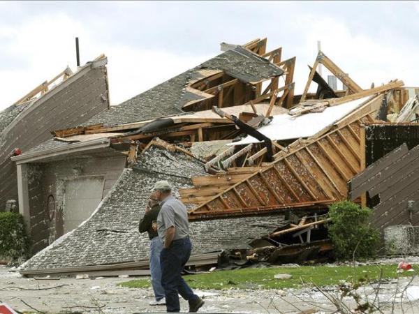 Tornados causan 9 heridos en Arkansas y otros dos impactan en Oklahoma