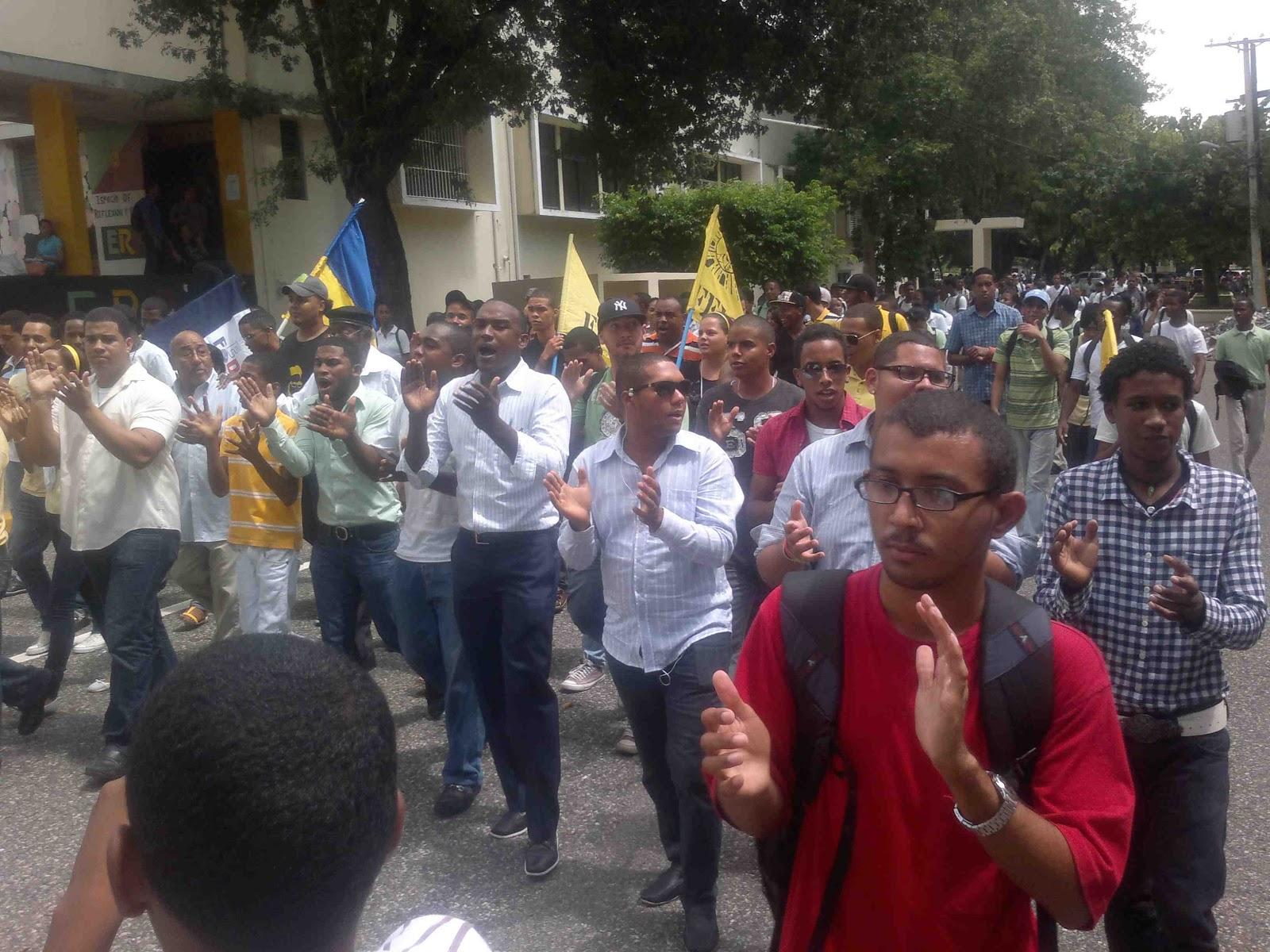 Grupos estudiantiles de UASD afirman urge renovación para su permanencia