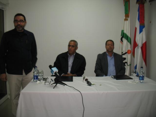 Fondo Marena y Coniaf firman acuerdo de cooperación