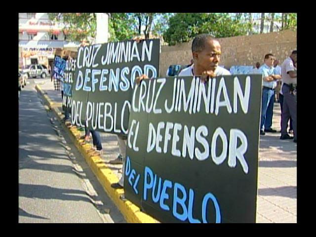 Comunitarios manifiestan apoyo a Dr. Jiminián para Defensor del Pueblo