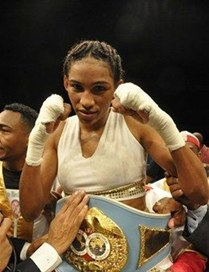 La dominicana Wilson expone título súper pluma ante mexicana Sotomayor