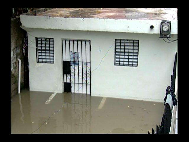 Viviendas inundadas por lluvias; alerta verde DN y 7 provincias