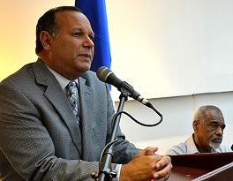 Director del SNS advierte ruptura del diálogo aleja a los médicos de aumento salarial de 60%