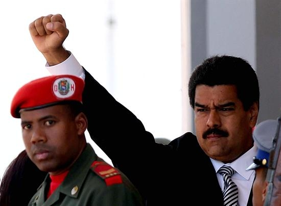 Maduro anuncia detención de tres generales que planeaban golpe de Estado