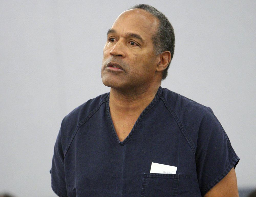 O.J. Simpson sube al estrado para conseguir un nuevo juicio