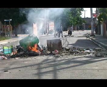 Protestan en Licey al Medio por arreglo de calles