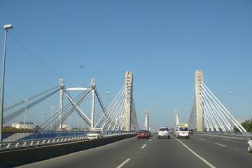 Continúan reparaciones de puentes de la capital