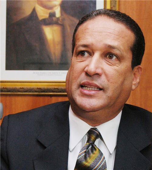 Pared Pérez dice es extemporáneo tocar tema de candidatura en el PLD