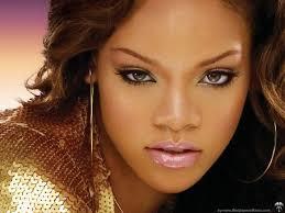 La diva del pop sexy Rihanna inicia mañana en Espña su gira europea