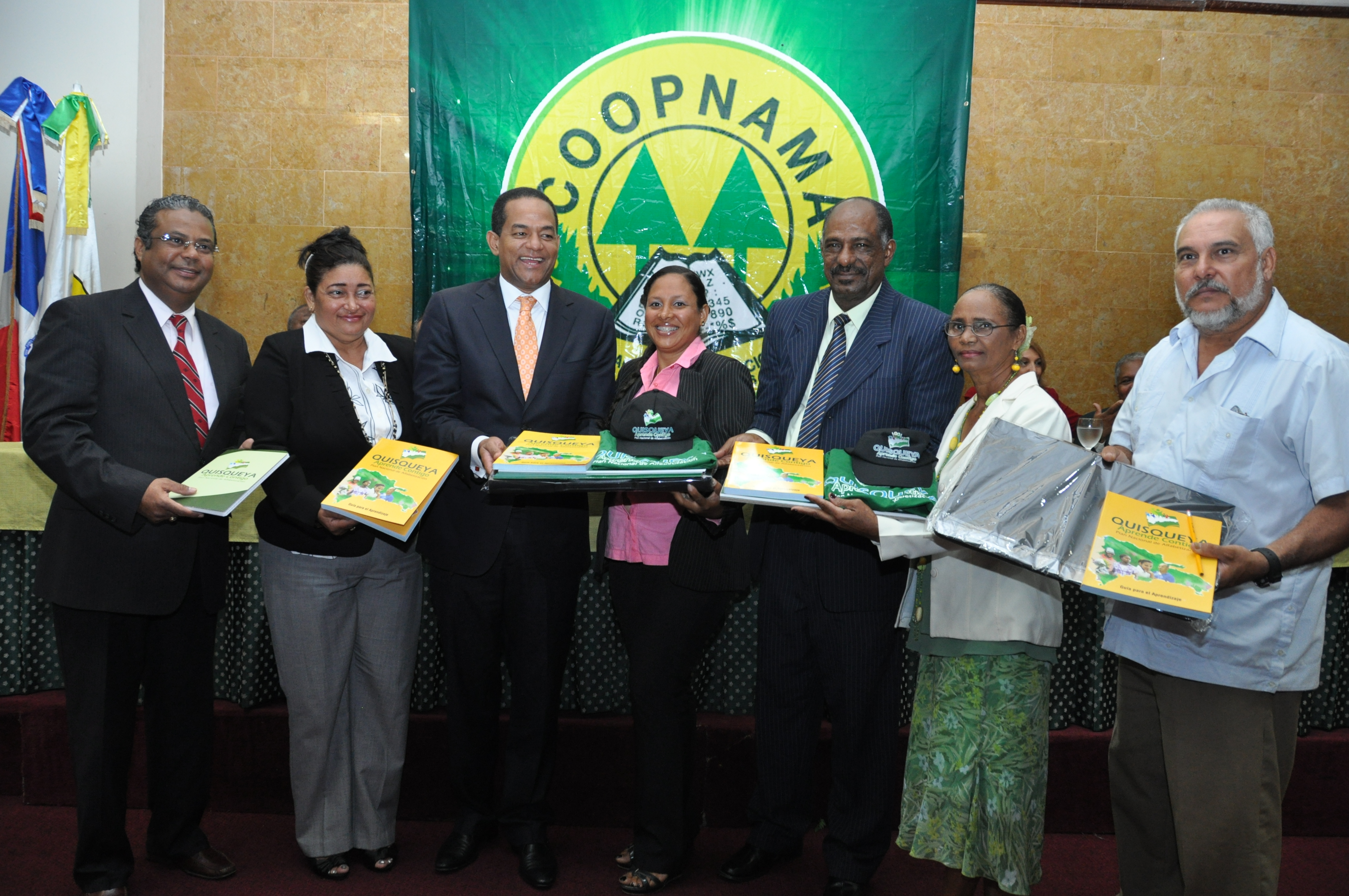 Coopnama desarrolla Plan Alfabetización en sector cooperativo
