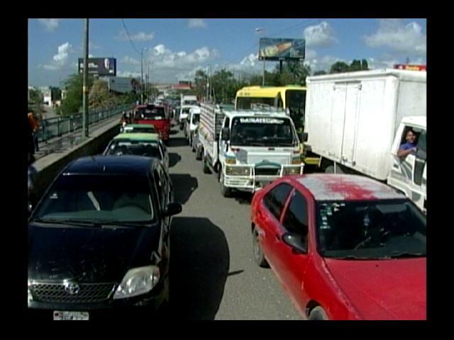 Conductores apoyan construcción vía expreso Haina-Boca Chica