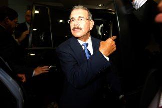 Presidente Medina se reúne con senadores de su partido