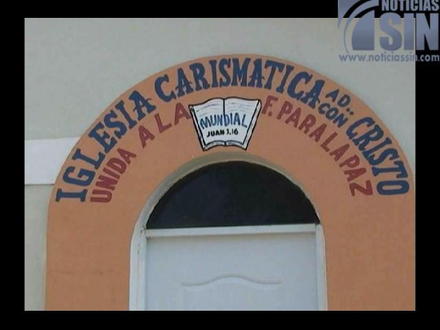¡Hasta micrófonos se llevaron los ladrones en una iglesia de Santiago!
