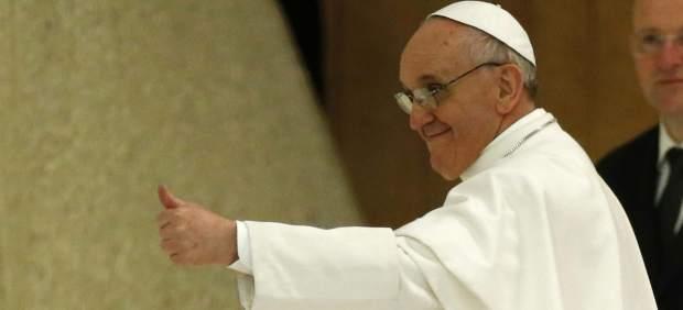 El papa dice a las monjas que tienen que ser madres y no