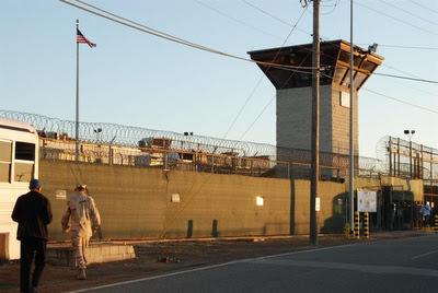 Enviado especial de EE.UU. para el cierre de Guantánamo deja su cargo