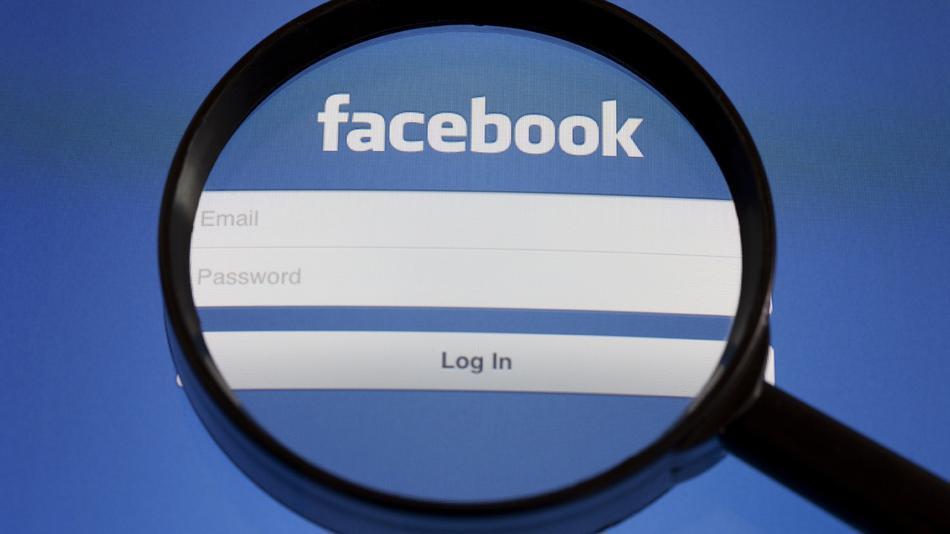 Facebook facilita datos de usuarios en una nueva plataforma para anunciantes