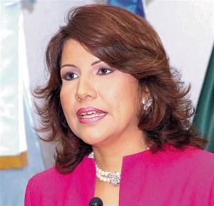 Vicepresidenta pide a la Estrella de Belén iluminar a Danilo y a Leonel