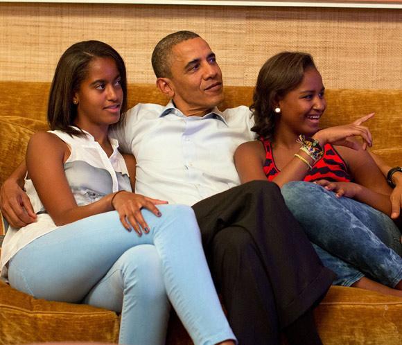 Obama inicia sus vacaciones en Hawai en busca de