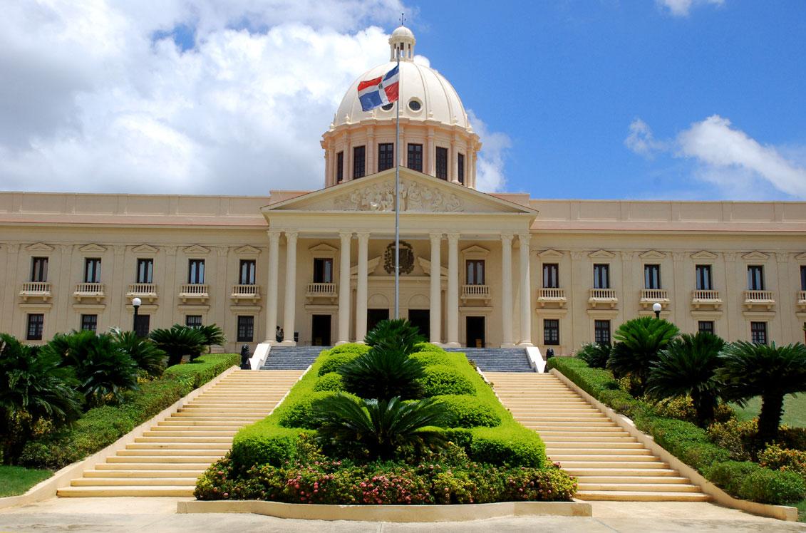 Misión CIDH se reúne con funcionarios en el Palacio Nacional