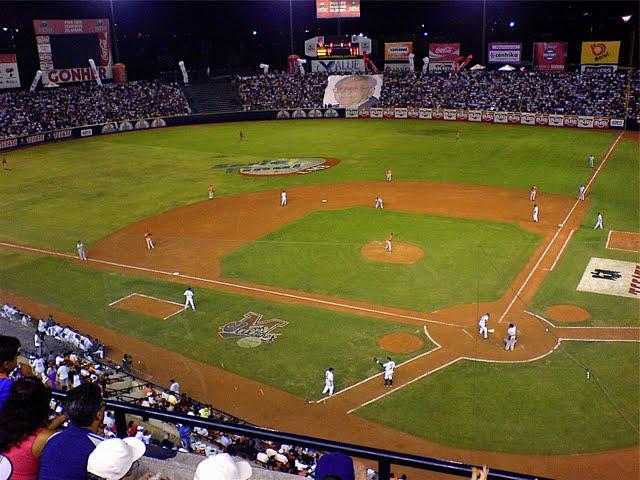 6-4 RD vence a Estados Unidos y sigue vivo en béisbol