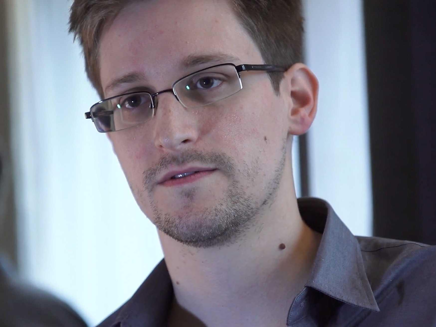 Snowden quiere pedir asilo a Brasil, según una carta publicada en un diario